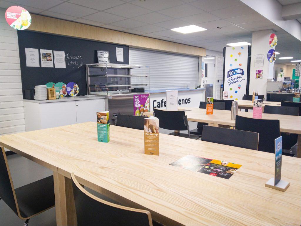 Kun muu Tellus valmistui vasta syksyllä, ensimmäisessä kerroksessa oleva Unirestan Cafe Galenos avattiin jo helmikuussa.
