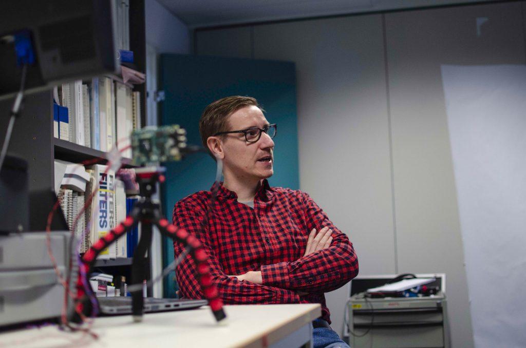 """""""Uskon, että tutkimuksellamme on suurta merkitystä tulevaisuudessa, ja että se mahdollistaa monia ennennäkemättömiä sovelluksia, joita en osaa vielä edes kuvitella"""", sanoo Jussi-Pekka Jansson."""