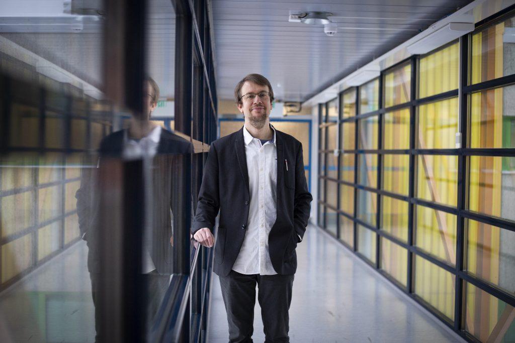 """""""Omalta pieneltä osaltaan tämäkin projekti voi antaa toivoa menneisyyden paremmasta ymmärtämisestä ja nykyisyydessä paremmin elämisestä"""", sanoo Markku Hokkanen."""